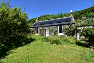 2 Meadowfield Cottage